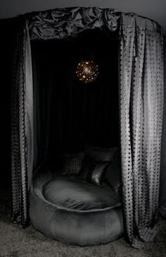 Fashion's Most Wanted: Sexy daybed canopy play thing. I'd love to do this in our future home!!