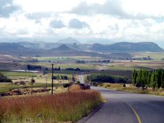 The road from Fouriesburg to Clarens. Free State, Beautiful Scenery, South Africa, Country Roads, Mountains, Orange, Travel, Viajes, Destinations