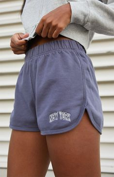 Teen Fashion Outfits, Outfits For Teens, Retro Outfits, Cute Lazy Outfits, Trendy Summer Outfits, Jugend Mode Outfits, Vogue, Aesthetic Clothes, Brandy Melville Outfits