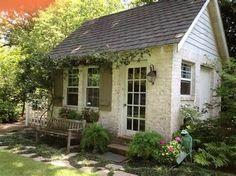 Crush of the Month: Dreamy Garden Sheds {aka Backyard Retreats}