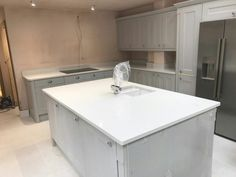 This is the Bianco De Lusso. It is a very popular white quartz with sparkles running throughout. Add glitz and glam with this choice of colour. White Quartz, Country Kitchen, Kitchen Island, Sparkles, Kitchen Ideas, Decorating Ideas, Popular, Running, Colour