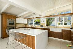Modern Kitchen Interior Remodeling 20 charming midcentury kitchens, ranked from virtually untouched to fully renovated - Curbedclockmenumore-arrow : Wowza - Wowza