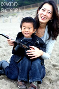 Family photos on Baker Beach, San Francisco.