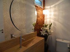<p>Além de ampliar espaços, eles revestem paredes e dão charme aos ambientes</p>