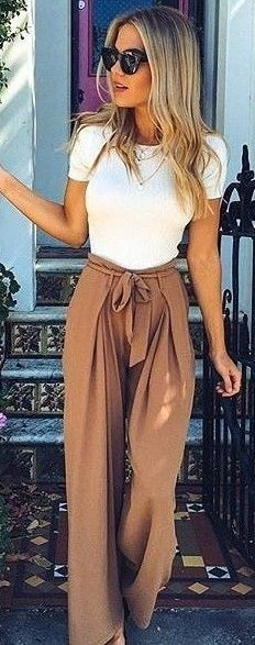 #fall #executive #peonies #outfits |  White Top + Camel Pants
