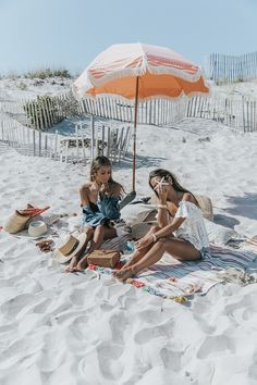 What to wear to the beach in the Hamptons
