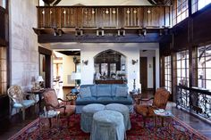 The interior features a combination of plaster and oak paneling with quatrefoil details and old wood joinery. Oak Panels, Wood Joinery, English Style, Old Wood, Living Area, Living Rooms, Architecture, Luxury, Quatrefoil