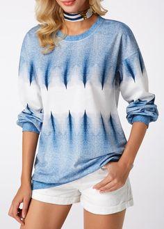 Spring Long Sleeve Blue Sweatshirt For Women Round Neck Printed Blue Pullover Sweatshirt Cool Outfits, Fashion Outfits, Womens Fashion, Man Fashion, Fashion Styles, Printed Sweatshirts, Fashion Sweatshirts, Hoodie Sweatshirts, Poncho