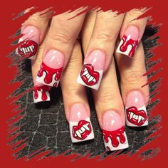 Blood and fangs - Nail Art Gallery