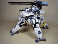 Some people can create art out of Lego. Other people can create kick-arse combat machines that would be at home crushing enemies,conqueringplanets or def