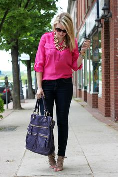 Pink blouse with black pants and nude heels. Hot Pink Shirt Outfit, Pink Top Outfit, Pink Blazer Outfits, Hot Pink Blouses, Hot Pink Tops, Spring Summer Fashion, Autumn Fashion, Bluse Outfit, Casual Outfits