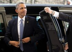 Two illegals allowed to ride with president in limo from White House, Obama brags - BizPac Review