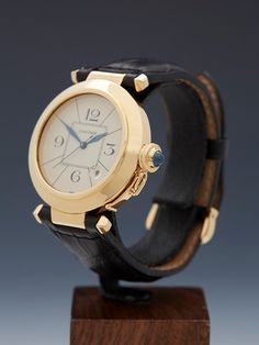 Cartier Pasha 38mm 18k Yellow Gold Automatic 1988 - Watches Catalogue - Xupes
