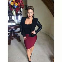 Is Chiquis Rivera Posing for Playboy? Curvy Girl Outfits, Curvy Girl Fashion, Look Fashion, Plus Size Outfits, Plus Size Fashion, Fashion Outfits, Womens Fashion, Xl Mode, Mode Glamour