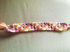 Triangles Friendship Bracelet Pattern Number 12178 - For more patterns and tutorials visit our web or the app!