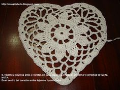 Crochet heart ♥- Step by step instructions color pictures. Instructions in Spanish, but the pictures are excellent to follow.