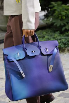 Hermès Spring 2019 Menswear Fashion Show Details  See detail photos for  Hermès Spring 2019 Menswear a8a03c5f129