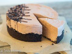 liivatteeton suklaakakku Chocolate cake with Oreo's #tekilasbakery http://www.tekila.fi/liivatteeton-suklaamoussekakku/
