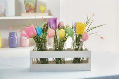 easter egg mason jar flower arrangement 38 http://hative.com/creative-flower-arrangement-ideas/