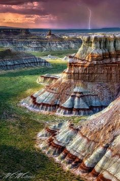 Beauty Of NatuRe: Stunning! SW Grand Vista, Northern Arizona, USA. ...parece una torta de chocolate. wow!