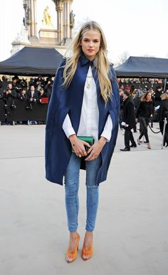 Gabriella Wilde at the Burberry Prorsum Fall 2014 fashion show during London Fashion Week in London, England, February 2013 --THOSE SHOES Looks Street Style, Looks Style, Style Me, Style Hair, Fashion Week, Look Fashion, Street Fashion, Fashion Trends, Net Fashion