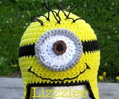 Minion Crochet Hat EASY all sizes -- Awe!  I Like The Blue Goggle Outline.  Could Wear This + Overalls For Halloween!  LOL