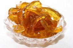 Цукаты из корок арбуза.....Ингредиенты Арбуз6 500г  Сахар6.3ст.(1 000 г)  Лимон1шт(120 г)  Вода питьевая0.5ст.(100 г