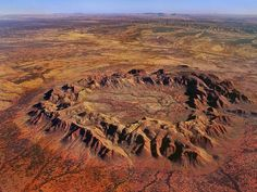 crater west of Alice Springs, NT, thought to be the result of an asteroid impact