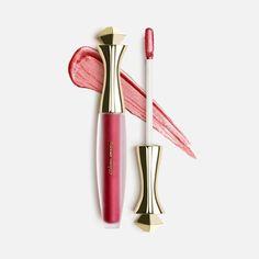 0b40b0e81a2 METALLIC MATTE 12HR LIQUID LIP 4. DIVINE MOONSHINE SIMPLY THE BEST  *Metallic Matte Highlighter for your lips *Nourishing Vitamin C Infused  *Long Wear ...