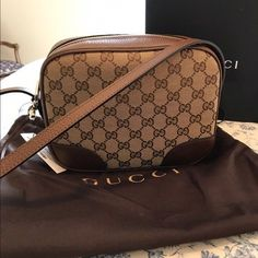 61bdc2777ab5 Gucci Womens Beige Leather And Canvas GG Guccissima Bree Crossbody Purse   Gucci  Crossbody Gucci