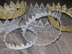 crown prop: adult, child and infant