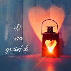 """""""Si la única oración que siempre dices en toda tu vida es 'Gracias' será suficiente."""" — Meister Eckhart  Gratitude"""