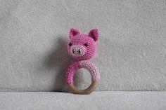 Op mijn blog laat ik mijn handwerken zien, van haken, vilt tot taarten. Crochet, haken, taarten, marsepein, amigurumi, garen.
