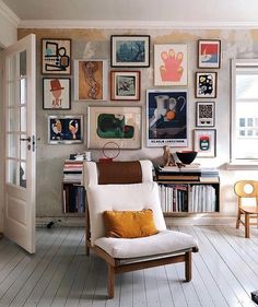 Nice Beautiful Gallery Wall Decor Ideas To Show Photos. # - Nice Beautiful Gallery Wall Decor Ideas To Show Photos. My Living Room, Home And Living, Living Spaces, Small Living, Picture Wall Living Room, Picture Walls, Cozy Living, Eclectic Living Room, Modern Living
