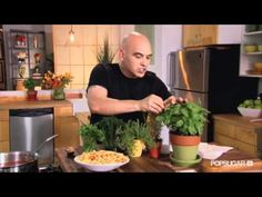 Michael Symon's Secret to Great Spaghetti Sauce — Every Thyme!