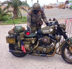 """Harley Davidson """"Warboy"""" (from r/Motorcycles) Harley Davidson """"Warboy"""" (de r / motos) Bobber Motorcycle, Moto Bike, Cruiser Motorcycle, Motorcycle Outfit, Motorcycle Humor, Women Motorcycle, Classic Harley Davidson, Harley Davidson Motorcycles, Honda Motorcycles"""