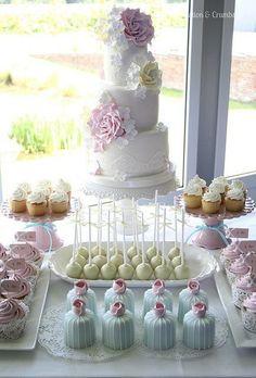Pastel wedding dessert table #weddingcake #dessert #pastel #dessertbar #desserttable