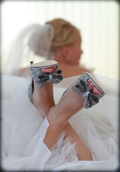 #Wedding #Shoes #bling ♡ Wedding Planning App … How to organise an entire wedding, within your budget https://itunes.apple.com/us/app/the-gold-wedding-planner/id498112599?ls=1=8 ♥ Weddings by Colour http://pinterest.com/groomsandbrides/boards/ ♥