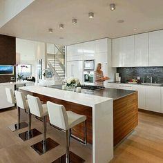 Beautiful Small kitchen cabinets gallery,How to remodel kitchen layout and Kitchen remodel fort collins. Kitchen Tops, New Kitchen, Awesome Kitchen, Beautiful Kitchen, Ranch Kitchen, Long Kitchen, Narrow Kitchen, Kitchen Interior, Kitchen Decor