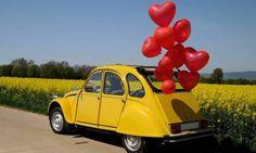 Her şeyin çok özel olduğu düğün gününde tabi ki gelin arabası da çok önemli! Sizler için en eğlenceli 10 gelin arabasını bir araya getirdik. Wedding Car