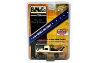 1959 Ford F-250 Tow Truck FoMoCo LTD 2400 1/64 Scale By Johnny Lightning JLCP7037