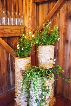 farm barn wedding with fun rustic wedding ideas and cute decorations / http://www.deerpearlflowers.com/rustic-barn-wedding-ideas/