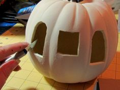Create cards in three easy steps! Along with a cool Pumpkin Carriage! Halloween Projects, Halloween Pumpkins, Halloween Decorations, Halloween Ideas, Diy Projects, Pumpkin Art, Pumpkin Carving, Food Carving, 2x4 Crafts