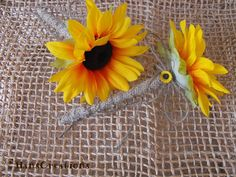 Items similar to Set of Two Stylish Burlap Sunflower Wedding Pens for your Guestbook Rustic Woodland Farmhouse Country Ceremony on Etsy Fall Wedding, Rustic Wedding, Wedding Ideas, Autumn Weddings, Barn Weddings, Wedding Bells, Wedding Stuff, Diy Wedding Decorations, Flower Decorations