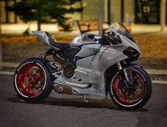 Roket MotoX - Ducati Motor Holding S. Moto Ducati, Ducati 999, Moto Bike, Motorcycle Bike, 125cc Motorbike, Moto Scrambler, Ducati Motorcycles, Cars And Motorcycles, Motorbike Girl