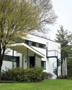The Gropius House, built in 1938.