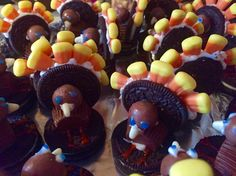 Turkeys made with Oreos, candy corn and malteasers! Idea borrowed from YouTube and America!! Christmas In Ireland, Oreos, Candy Corn, The Borrowers, Turkey, America, Youtube, Desserts, Food