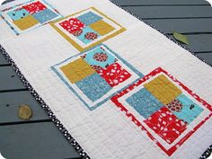 Crafting...: Modern (+ Reversible!) Table Topper wonky blocks inside frame
