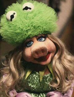 Miss Piggy with a Kermit suit