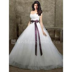 tulle ball gown wedding dress inspired by Kate Huds in Bride Wars